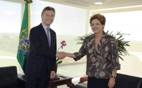 PRIMERA GIRA: Macri se reunió con Dilma, quien confirmó que vendrá al país el 10 de diciembre