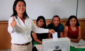 ELECCIONES EN PERÚ: KEIKO FUJIMORI SE IMPUSO EN LA PRIMERA RONDA E IRÁ AL BALOTAJE CON KUCZYNSKI