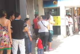 Hoy se inició el pago del plus de 1300 pesos a estatales del mes de noviembre