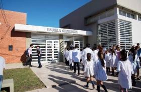 NULO ACATAMIENTO: Sólo el 2 % de los docentes correntinos siguió adherido al paro nacional