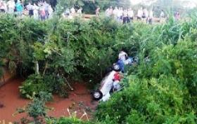EN MISIONES: Tres correntinos muertos al caer su vehículo en un arroyo