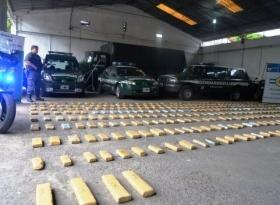 Gendarmería secuestró cerca de 300 kilos de marihuana en inmediaciones de Itati