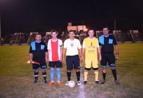 Cambio de cancha para la 2da final del rural de futbol: se juega a las 20 el domingo en Huracán