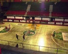 AMAD DEBERA REALIZAR OBRAS PREVIAS AL CAMBIO DEL PARQUET