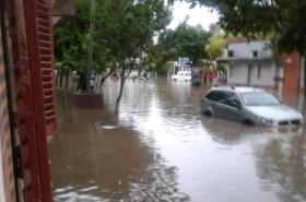 Se inundaron barrios en Resistencia por las intensas lluvias