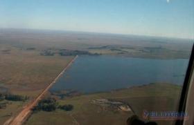 TRAGEDIA EN LA CRUZ: Peón rural murió ahogado en una represa cuando arreaba animales vacunos