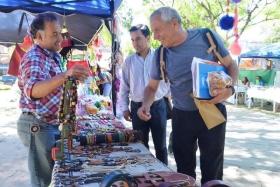 Rotundo éxito en la 4ª Feria Día del Artesano realizada en la plaza Mitre de Goya