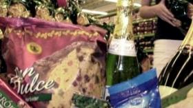 Los supermercados chinos lanzan una canasta navideña con siete productos a $110