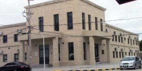 Esquina: Por amenazas al juez, detuvieron a uno de los policías acusado de abigeato