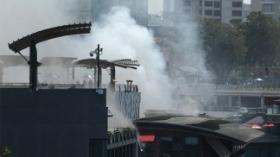 Son cinco los muertos y siete desaparecidos en el incendio de un shopping en Lima