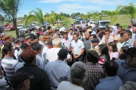EN LA TERCERA SECCIÓN: Camau Espínola y Gerardo Bassi escucharon las preocupaciones del sector tabacalero