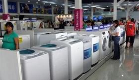 """Los """"Precios transparentes"""" debutaron con subas de más de 70% para compras en cuotas"""