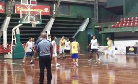 Organizado por el municipio se puso en marcha un torneo de básquet en Amad