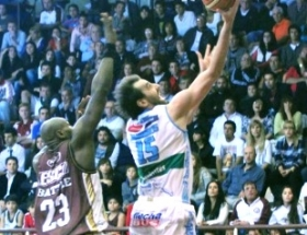 LIGA NACIONAL DE BASQUET: Regatas buscar festejar frente a Lans